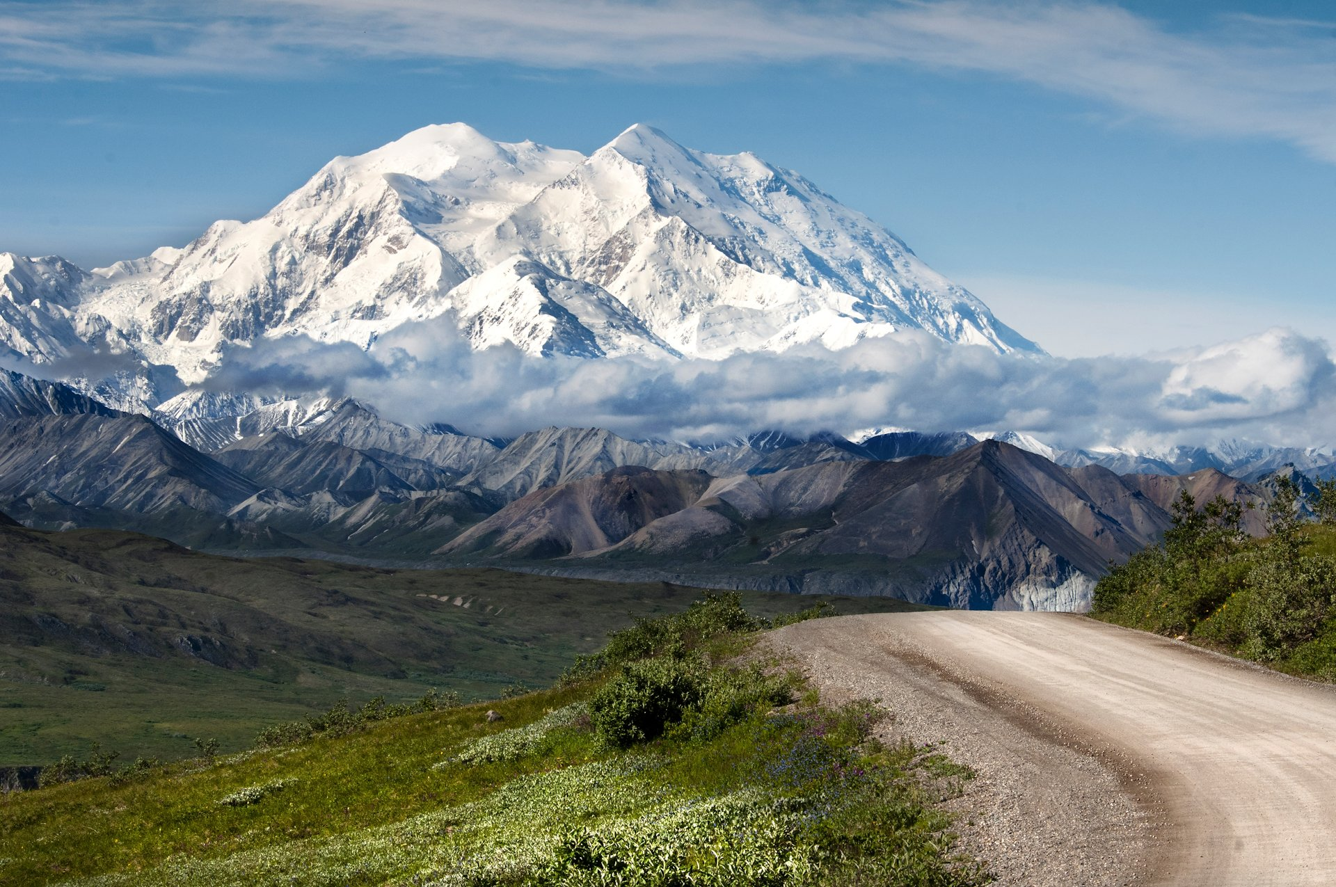extraordinary Alaskan roads 2
