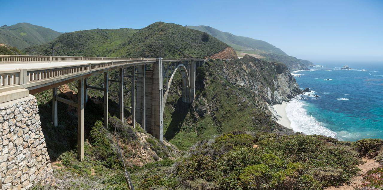 Bixby_Creek_Bridge,_California,_USA_-_Ma